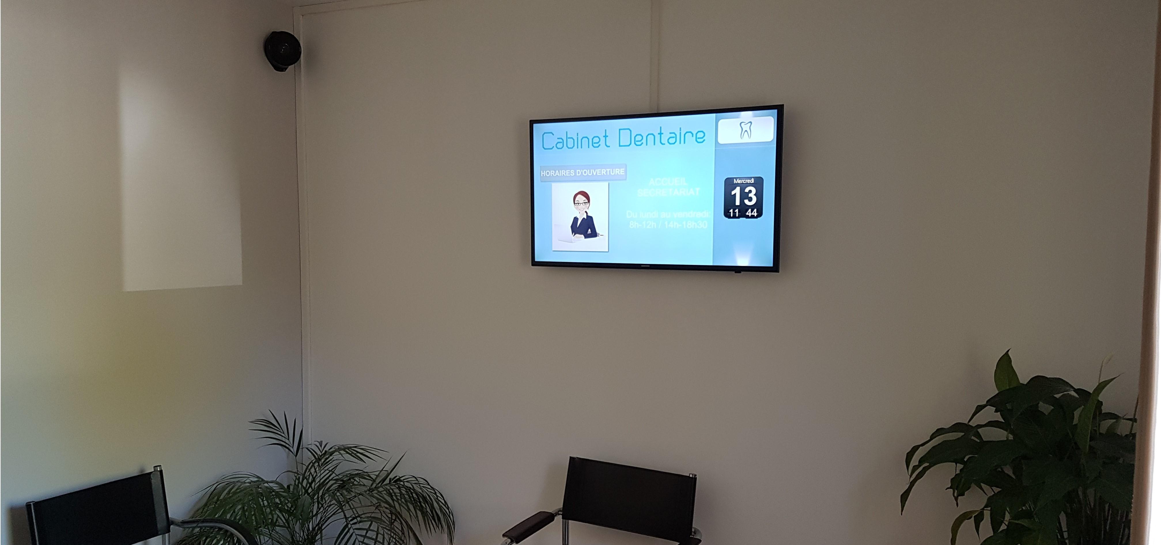 écran salle d'attente dentiste notaire laboratoire - pixel impact